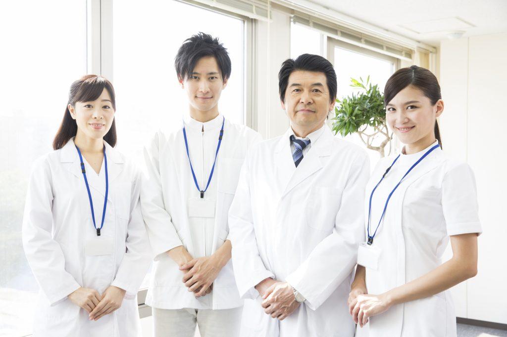 病院の薬剤師たち