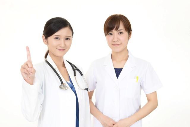 薬剤師 仕事 女性2人
